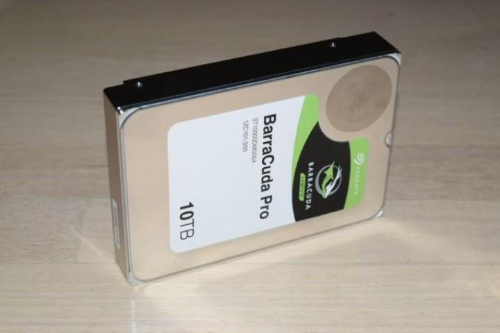 SEAGATE'den 10 TB'lık Sabit Disk