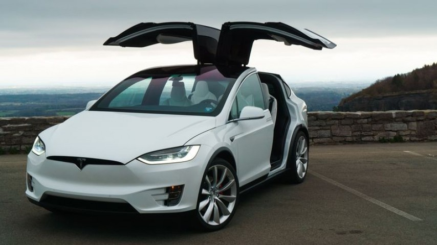 Tesla Version Güncellemesi Geliyor
